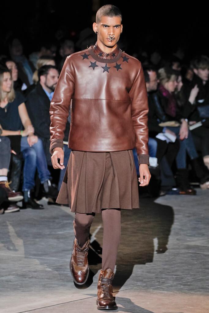 meilleur service 40bb6 f4099 La jupe pour homme (2) ... Comment l'idée de la jupe a germé ...