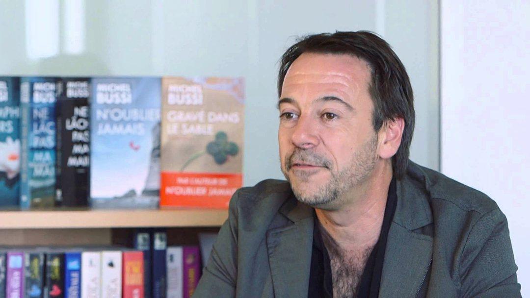 Portrait photo de Michel Bussi